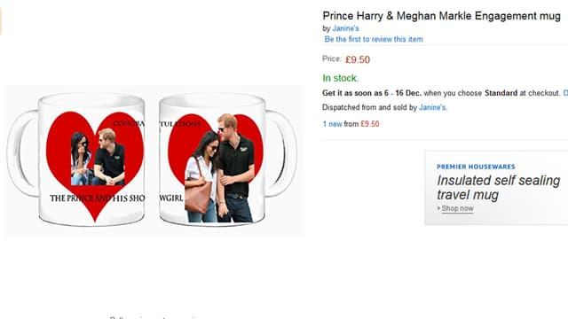 Zwei Tassen mit dem Konterfei von Prinz Harry und Meghan Markle und einem roten Herz