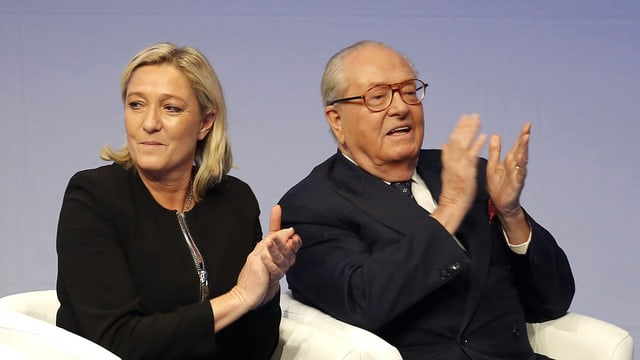 Marine e Jean-Marie Le Pen, figlia e bab, sesan en sutgas
