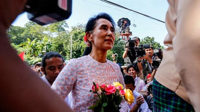 La manadra da l'opposiziun en il Myanmar, Aung San Suu Kyi.