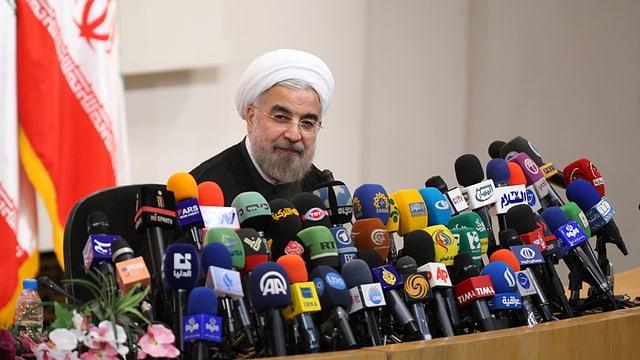 Hassan Rohani bei einer Medienkonferenz nach seiner Wahl.
