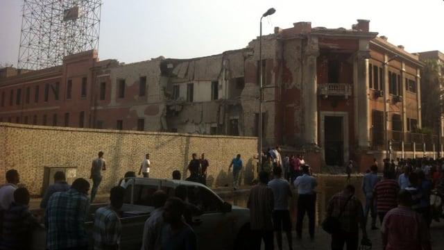 consulat talian a cairo è donnegià.