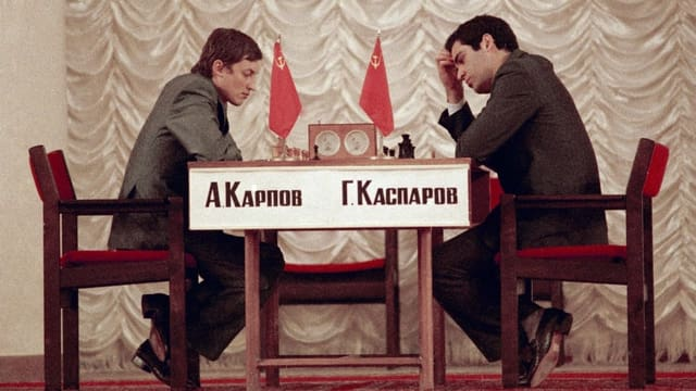 Als sich Kasparow zum jüngsten Schach-Weltmeister krönte
