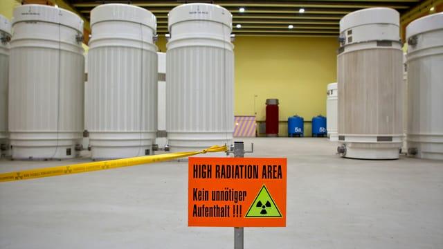Lagerbehälter für hochradioaktive Abfälle im Zwischenlager in Würenlingen/AG.