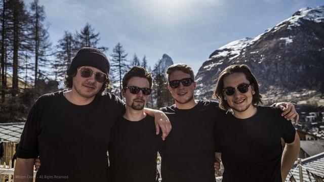Valentin, Florian,  Andrea ed Elias da TAWNEE