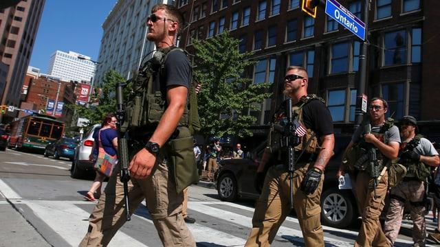 Die Bürgerwehr der West Ohio Minutemen in Ohio.
