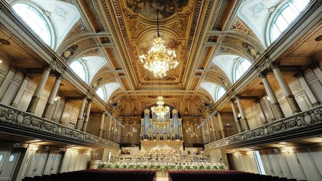 Blick in den leeren Konzertsaal der Zürcher Tonhalle