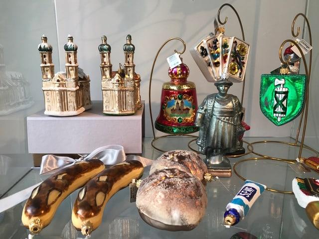 St. Galler Eigenheiten als Weihnachtsornamente.