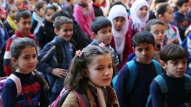 Syrische Flüchtlingskinder, die in Beirut eine Schule besuchen können.