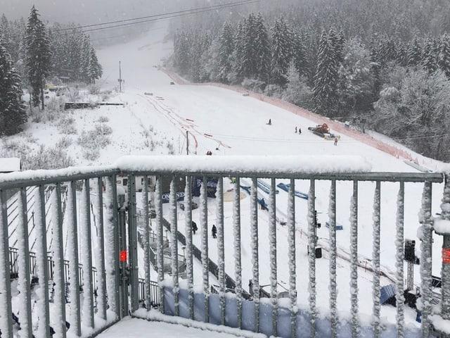 Tiefer Winter herrscht in Garmisch-Partenkirchen.