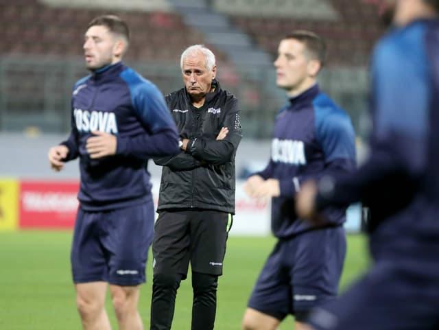 Kosovo-Trainer Bernard Challandes.