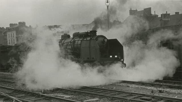 Am Bahnhof von Rennes, 1936.