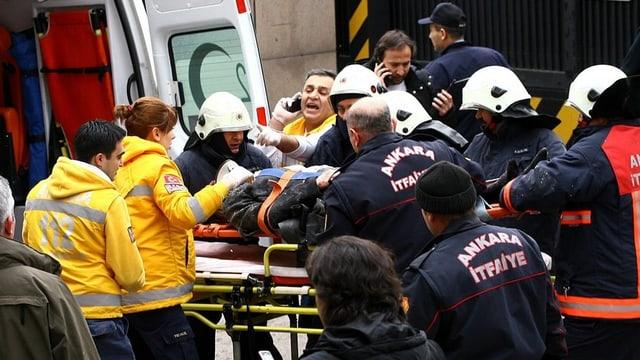 Verletzter nach dem Anschlag.