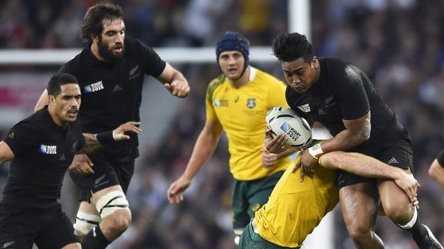 La Nova Zelanda defenda sco emprima naziun il titel da campiun munidal en il rugby.