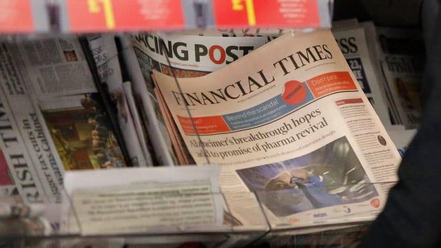 Auslage mit «Financial Times».