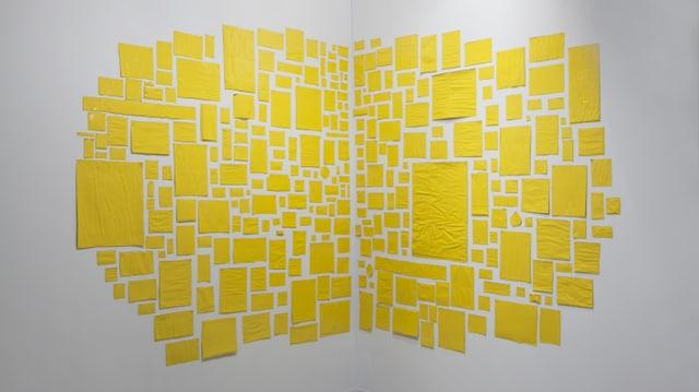 Gelbe Papierschnipsel