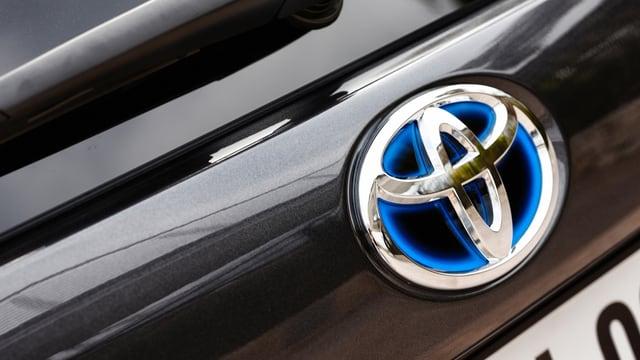 Logo da Toyota sin in auto.