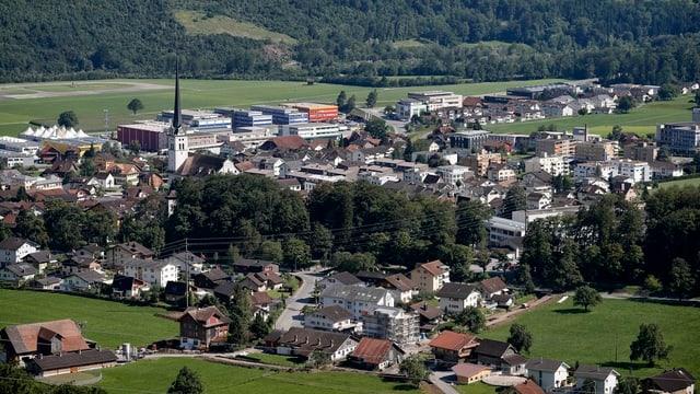 Blick auf das Obwaldner Dorf Alpnach