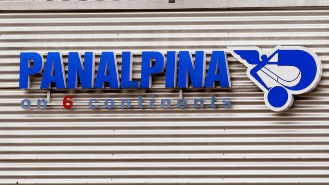 Logo der Panalpina an einer Hauswand