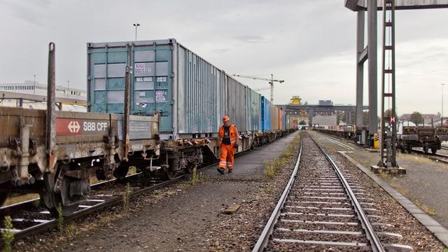 In transport da rauba da la SBB Cargo a Basilea.