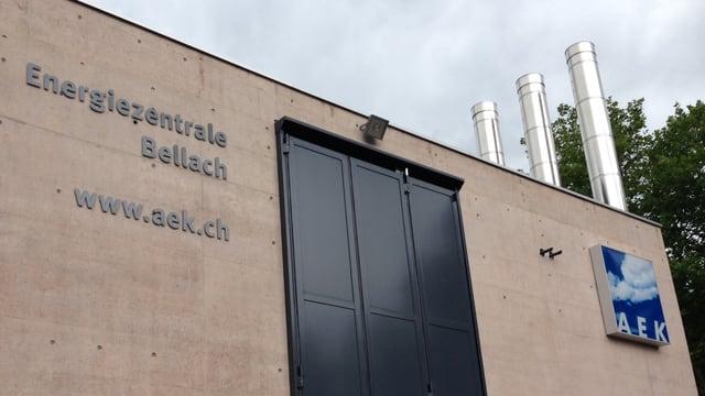 Blick auf die Energiezentrale Bellach der AEK