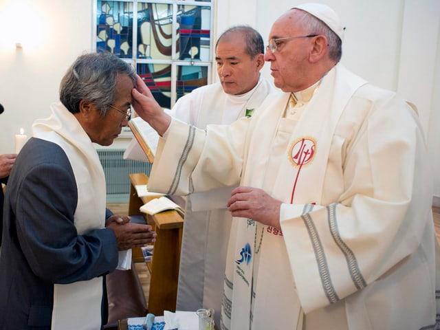 Papst tauft Lee Ho-Jin