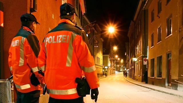 Dus policists en il Welschdörfli.