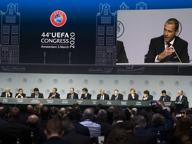 Der Uefa-Kongress in Amsterdam.