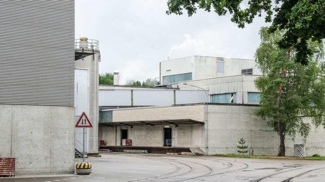 Industriegebäude der Papierfabrik Utzenstorf.