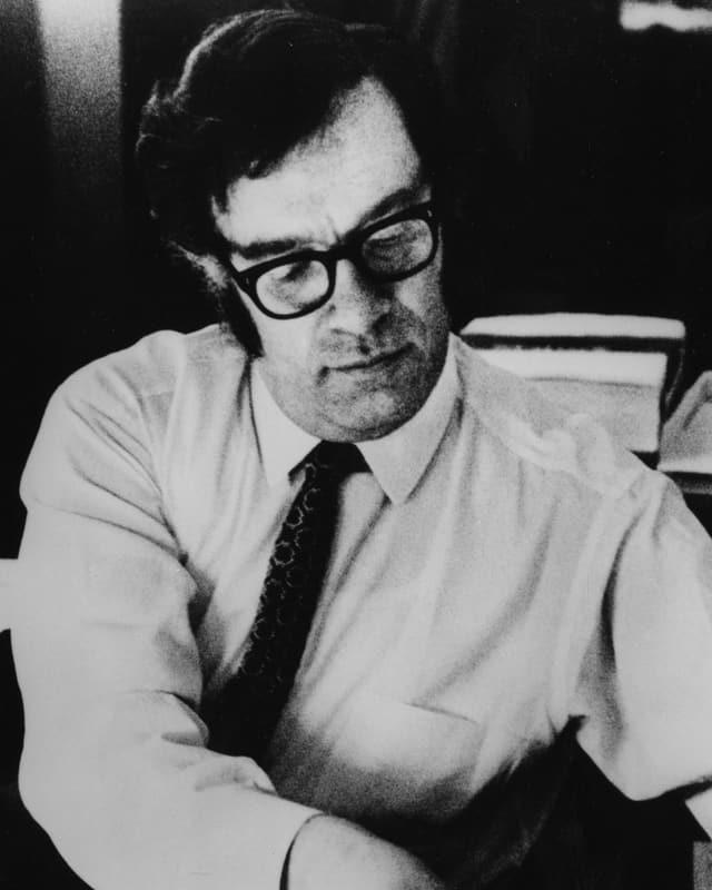 Ein Porträt von Isaac Asimov.