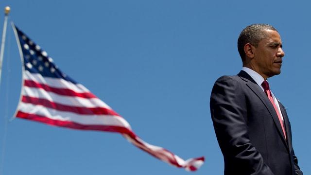 Obama und US-Flagge.