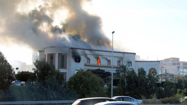 Mindestens drei Tote bei Anschlag auf Aussenministerium in Libyen