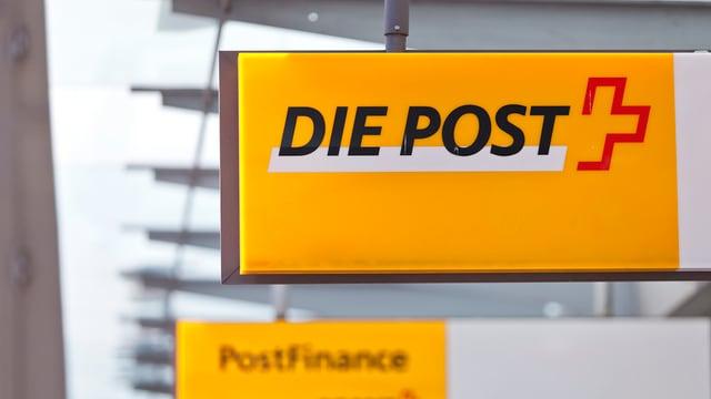 Schild einer Poststelle
