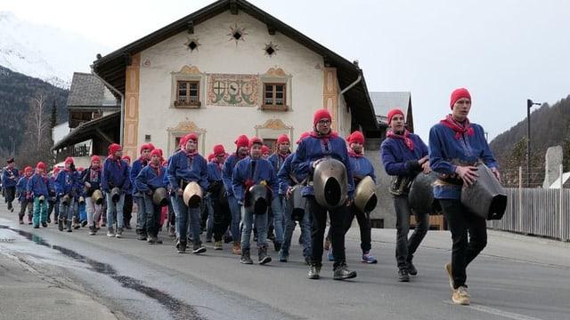 Impressiuns dal Chalandamarz a Val Müstair.