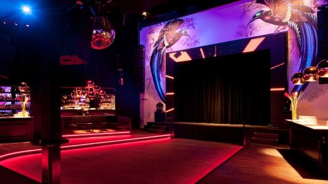Im Plaza Club in Zürich findet die Open Mic Show statt.
