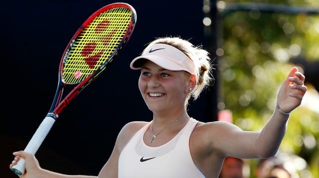 Marta Kostyuk freut sich über einen Sieg.