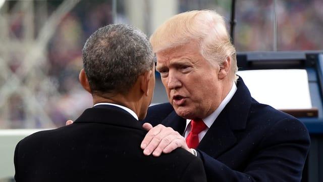 Trump und Obama an der Amtseinsetzung im Januar 2017.