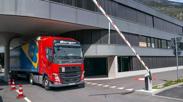 Solothurn beteiligt sich am Schwerverkehrszentrum des Bundes
