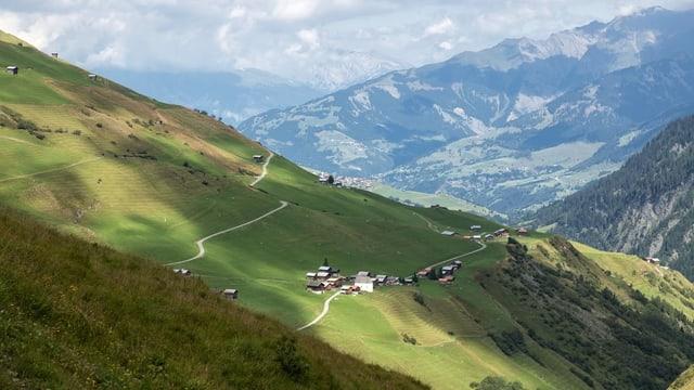 Puzzatsch datiers da Vrin en Val Lumnezia.
