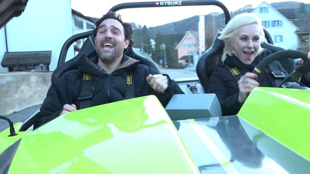 Video «Volvo vs. Volvo, Vintage-Girl, Elektro-Roadster» abspielen