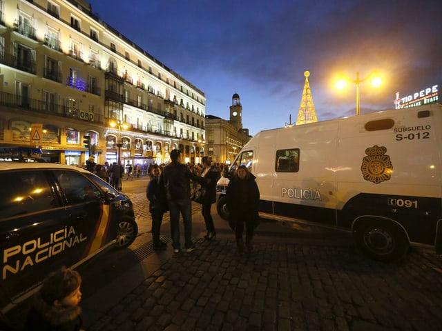 Polizisten auf der «Puerta del Sol».