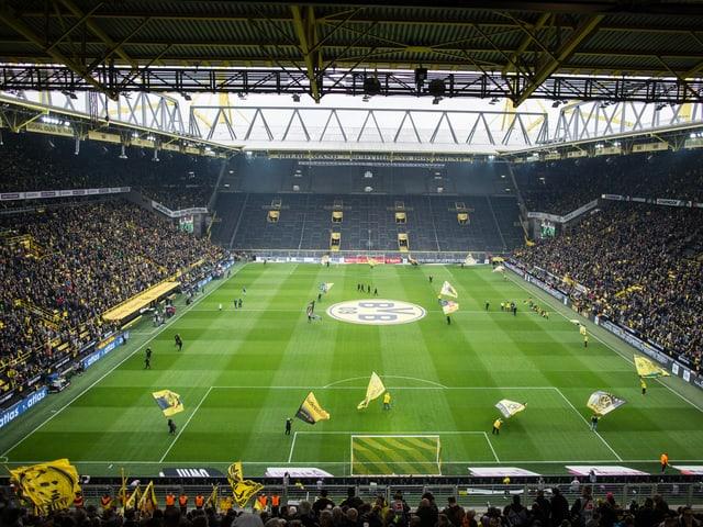 Die weltbekannte «Süd» während dem Spiel gegen Wolfsburg.
