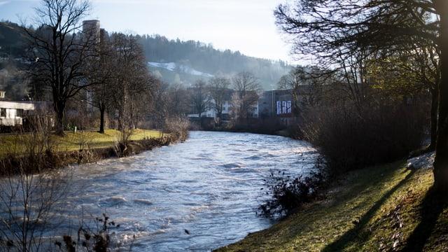 Thur bei Wattwil führt Hochwasser