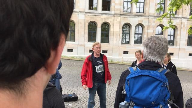 «Mein Schlafplatz, meine Gassenküche»: Hans Ryner führt durch sein Zürich.