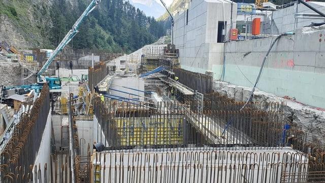 Ovra electrica cuminaivla En – finiziun probablamain il 2022 - oriundamain planisà il 2018