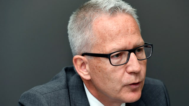 Portrait des Leitenden Zürcher Oberstaatsanwalts Beat Oppliger