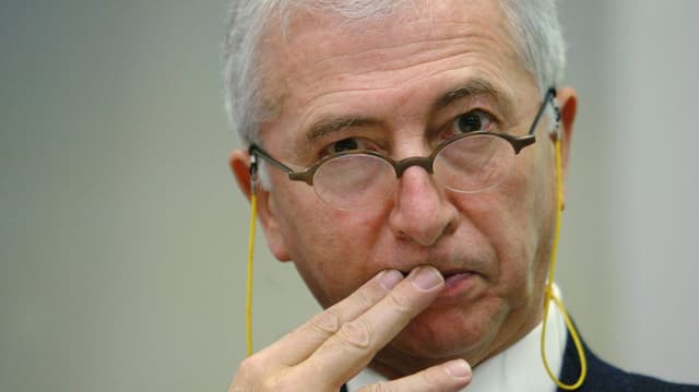 L'anteriur vicepresident da la Banca naziunala svizra Niklaus Blattner.