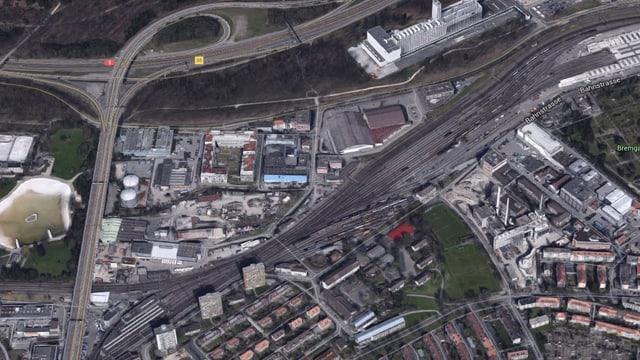 Luftbild der Gleise.