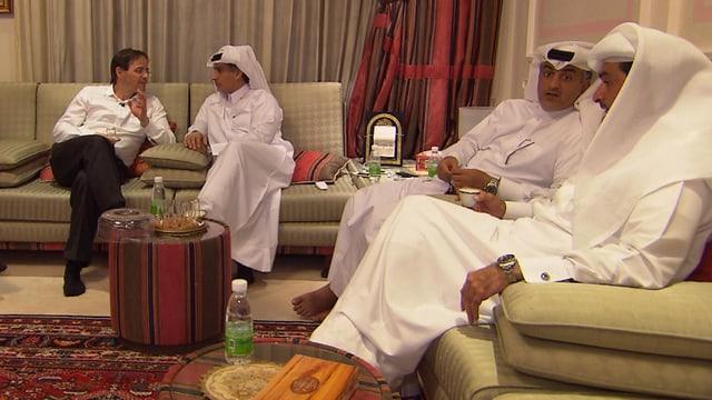 Simon Ackermann mit katarischen Unternehmern.
