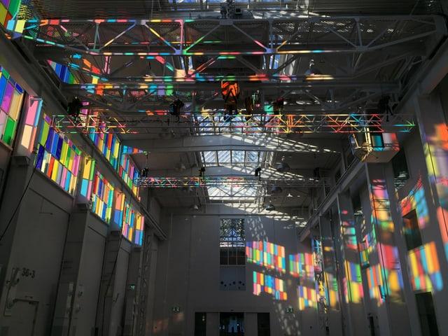 Farbspiel in der Halle 37 in Baden