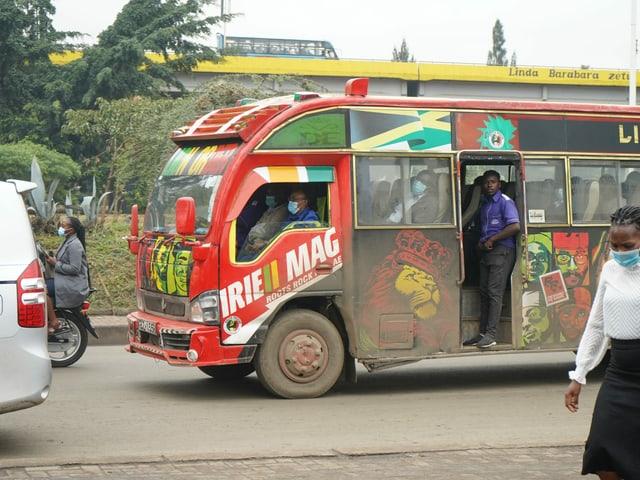Matatu-Bus in Nairobi.